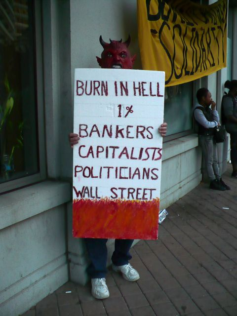 occupyoakland-burn.jpg