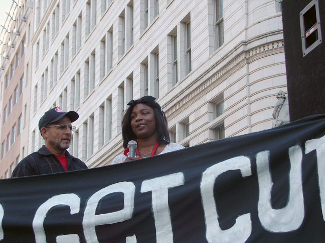 occupyoakland_generalstrike-morning_110211114408.jpg