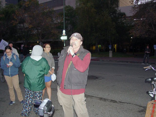 occupyoakland-egyptsolidaritymarch-11121117.jpg