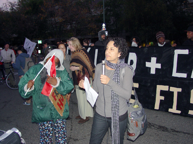 occupyoakland-egyptsolidaritymarch-11121118.jpg