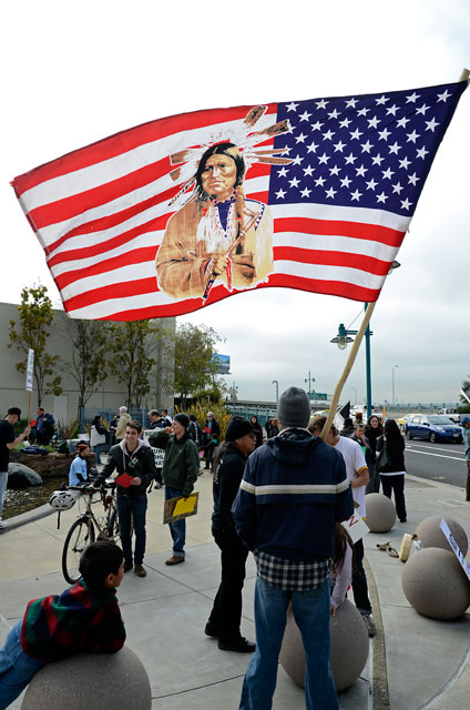 native-american-flag-november-25-2011_1.jpg