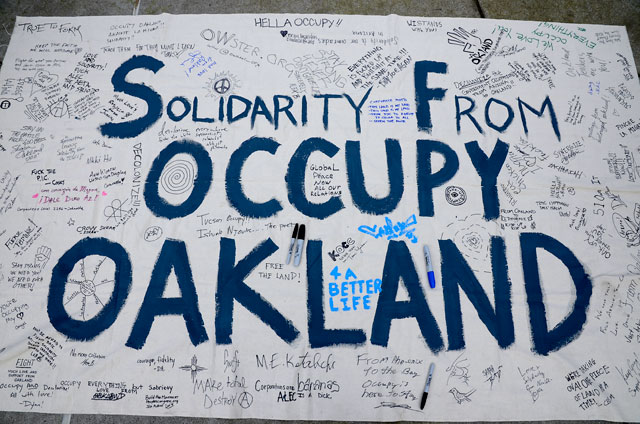 occupy-oakland-solidarity-november-25-2011_1.jpg