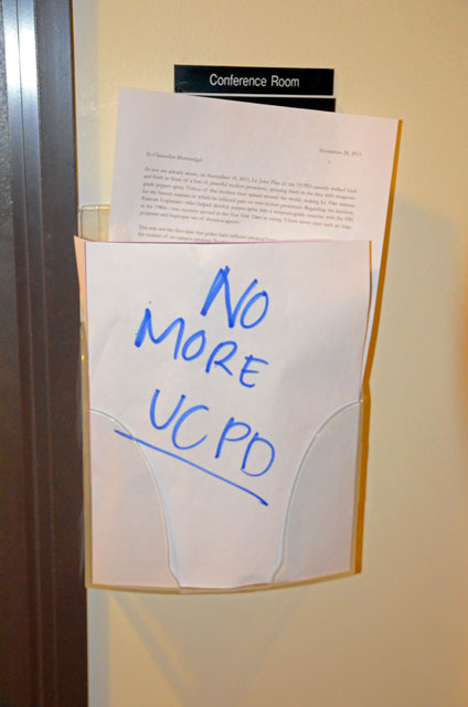 hahn-occupation-ucsc-november-28-2011-17.jpg