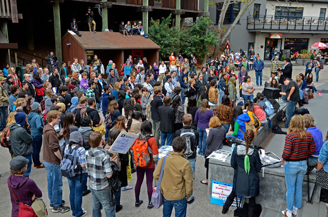 hahn-occupation-ucsc-november-28-2011-3.jpg