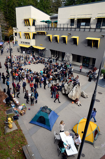 hahn-occupation-ucsc-november-28-2011-7.jpg