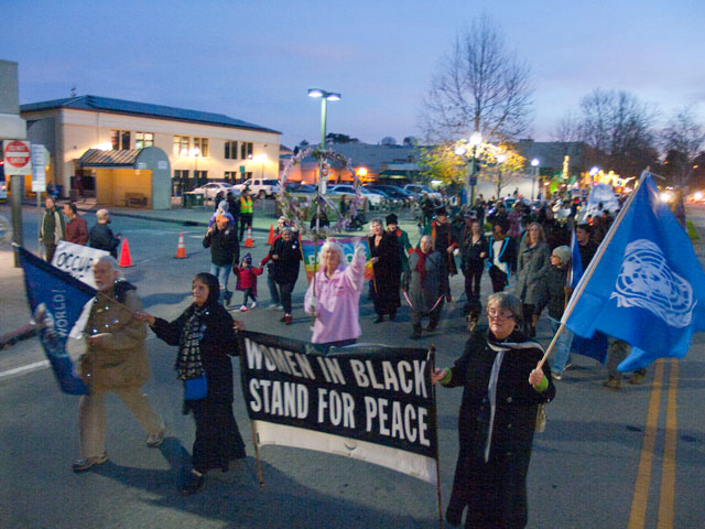 women-in-black-stand-for-peace_12-31-11.jpg
