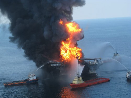oil_rigs_burning.jpeg