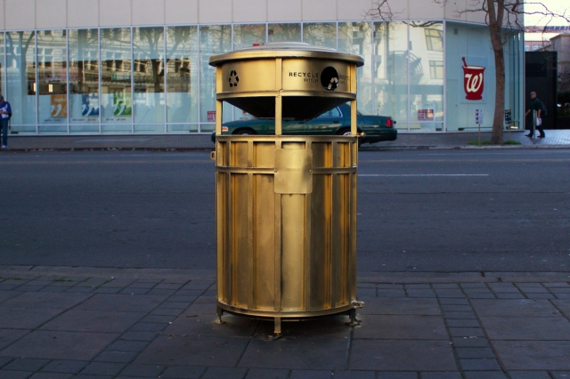 640_golden_trashcan.jpg