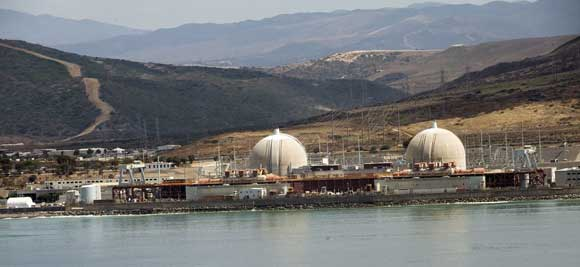 san_onofre_nuke_plant_on_the_water.jpg