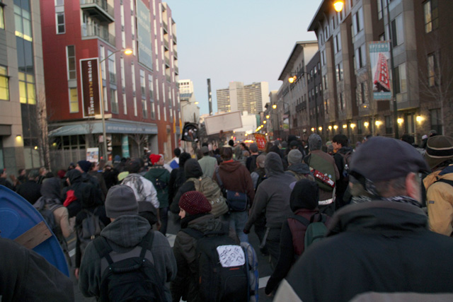 occupyoakland-day111-moveinday_012812174435.jpg