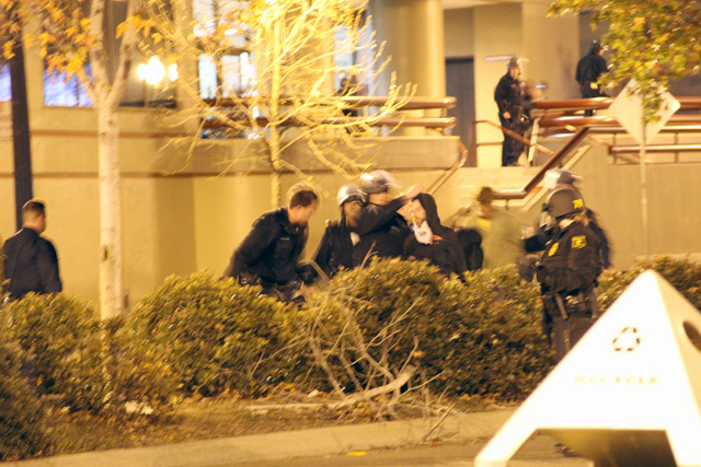 occupyoakland-day111-moveinday_012812183605.jpg