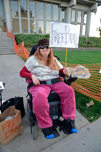 free-bradley-manning-occupy-santa-cruz-2-february-23-2012.jpg