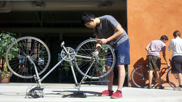 bicycle-maintenance_3-3-12.jpg