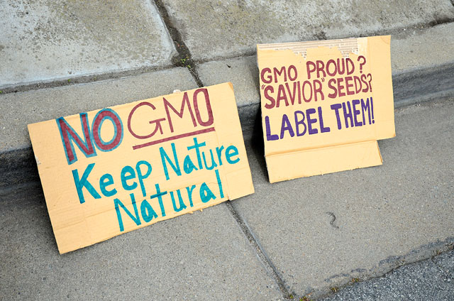 occupy-monsanto-seminis-march-16-2012-19.jpg