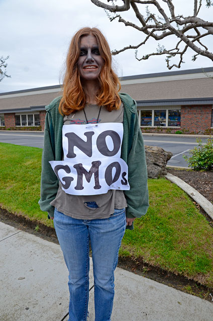 occupy-monsanto-seminis-march-16-2012-6.jpg