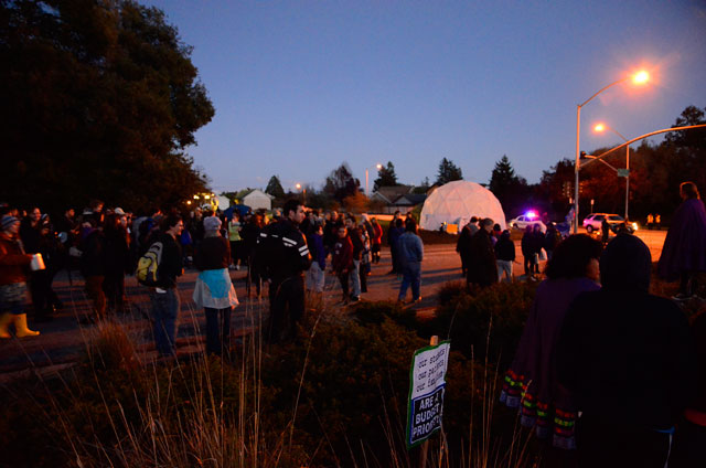 tent-university-ucsc-geodesic-dome-march-1-2012-15.jpg