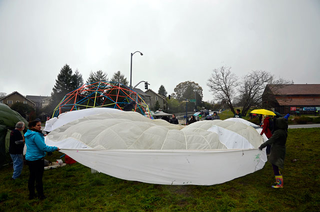 tent-university-ucsc-geodesic-dome-march-1-2012-2.jpg