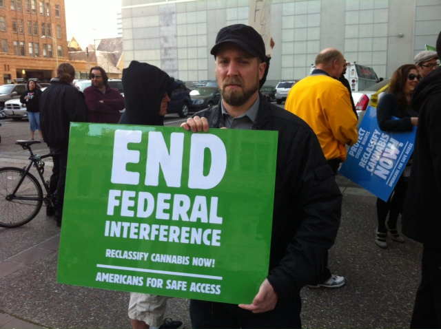 640_end-federal-interferance-cannabis_4-2-12.jpg original image ( 1280x956)