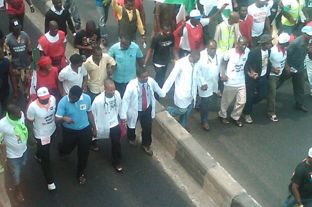 640_nigerian_general_strike_2012_doctors_march.jpg original image ( 1000x667)