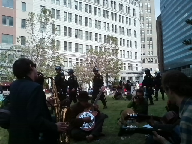 may_day_2012_oakland_22.jpeg