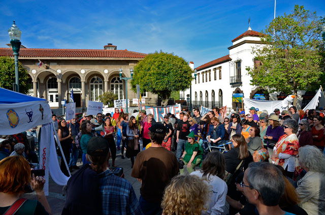 may-day-santa-cruz-may-1-2012-12.jpg