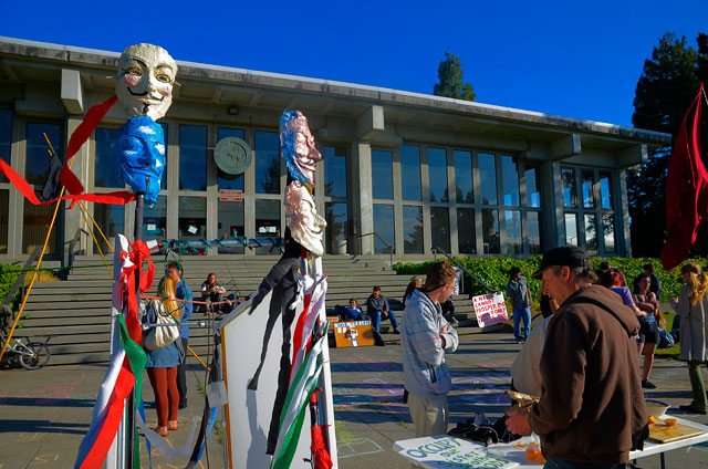 tent-mob-occupy-santa-cruz-may-25-2012-8.jpg