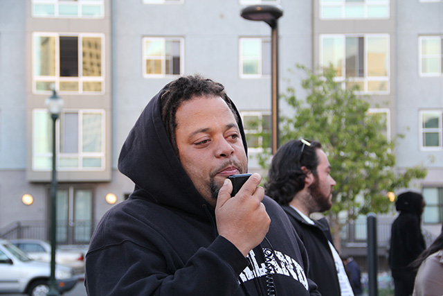 occupyoakland-freechrismorland-rallymarch_20120525_001.jpg