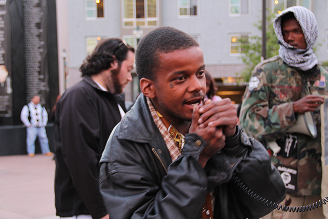occupyoakland-freechrismorland-rallymarch_20120525_015.jpg
