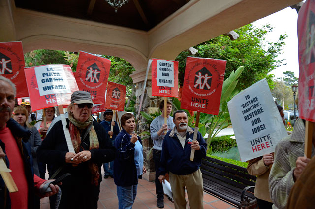 la-playa-unite-here-local-483-carmel-hotel-workers-june-7-2012-7.jpg