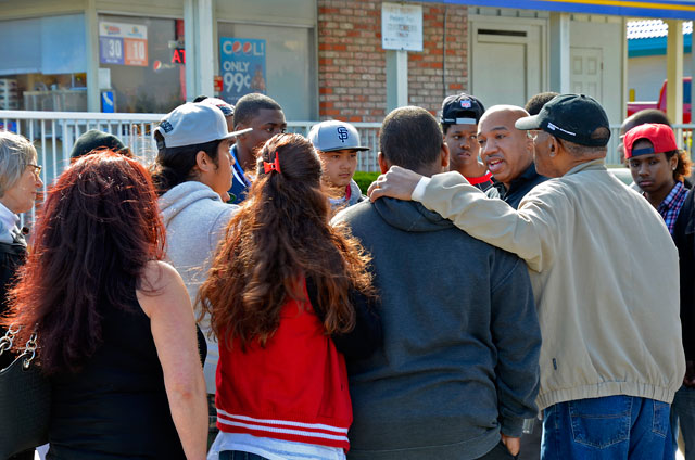bob-ivory-naacp-derrick-gaines-memorial-south-san-francisco-june-12-2012-18.jpg