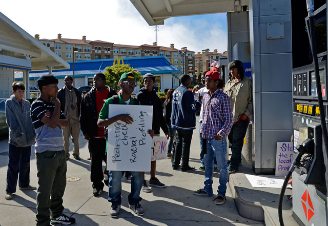 derrick-gaines-memorial-south-san-francisco-june-12-2012-17.jpg