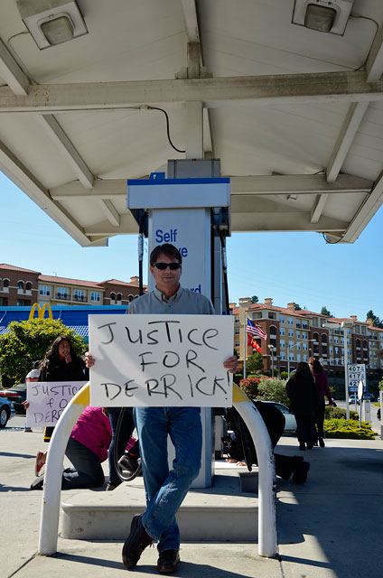 derrick-gaines-memorial-south-san-francisco-june-12-2012-20.jpg