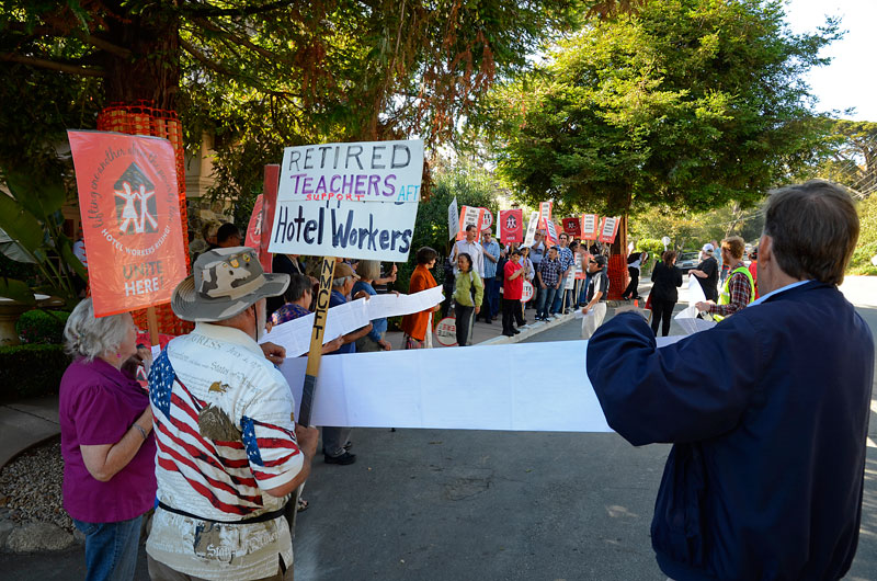 carmel-hotel-protest-june-20-2012-19.jpg
