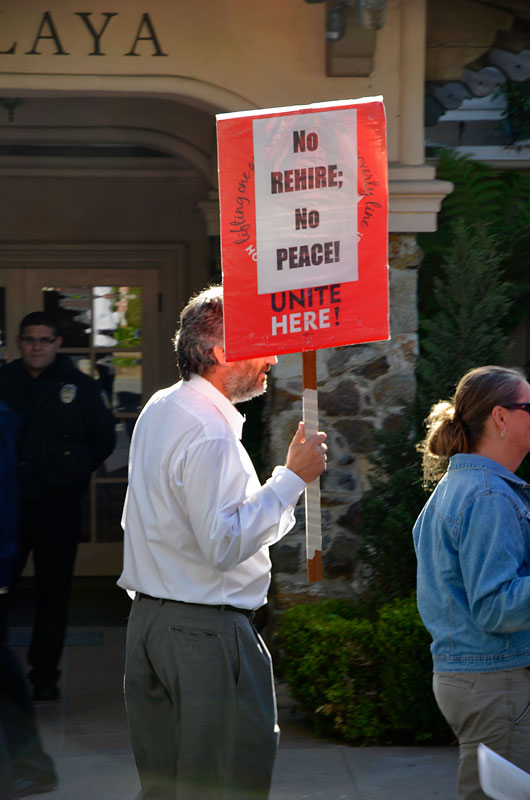 la-playa-carmel-hotel-protest-june-20-2012-14.jpg