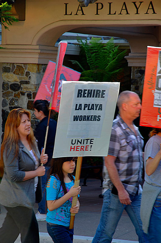 la-playa-carmel-hotel-protest-june-20-2012-15.jpg