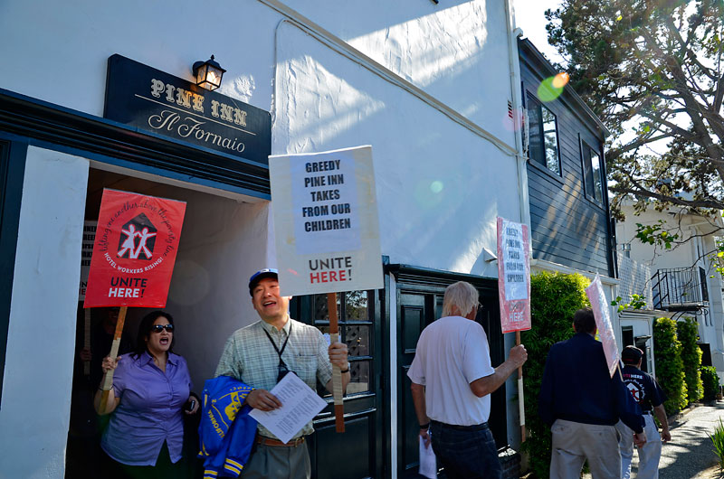 pine-inn-carmel-hotel-protest-unite-here-local-483-june-20-2012-9.jpg