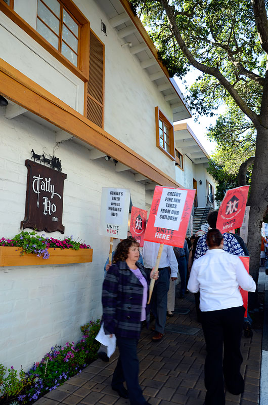 tally-ho-inn-carmel-hotel-protest-unite-here-local-483-june-20-2012-11.jpg