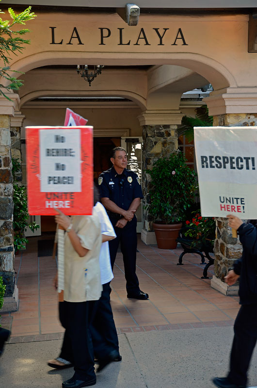 la-playa-carmel-hotel-workers-rally-july-6-2012-25.jpg