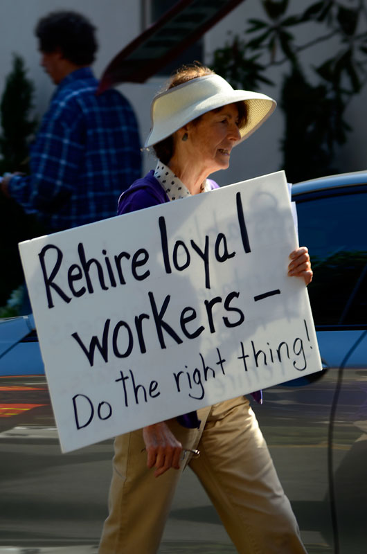 rehire-loyal-workers-la-playa-carmel-july-6-2012-14.jpg