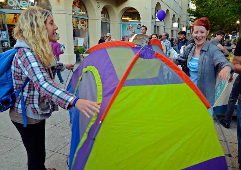 tent-mob-occupy-santa-cruz-july-6-2012-15.jpg