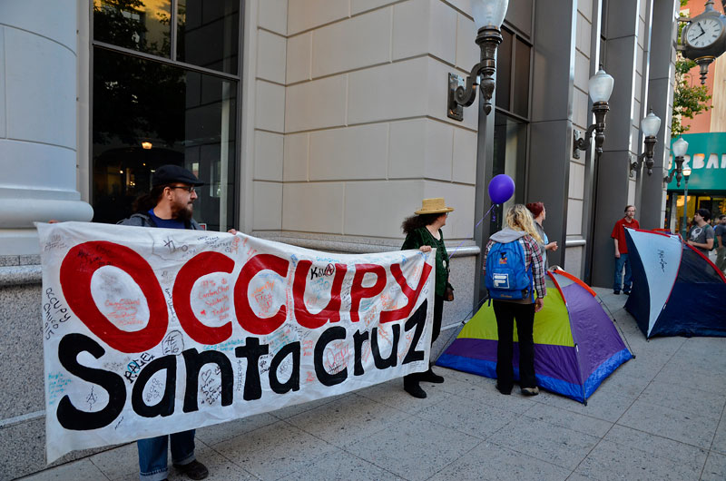tent-mob-occupy-santa-cruz-july-6-2012-18.jpg