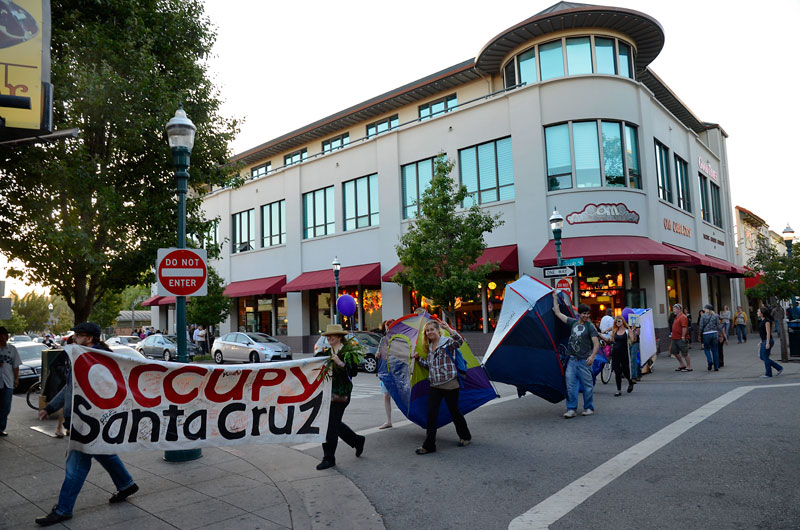 tent-mob-occupy-santa-cruz-july-6-2012-19.jpg