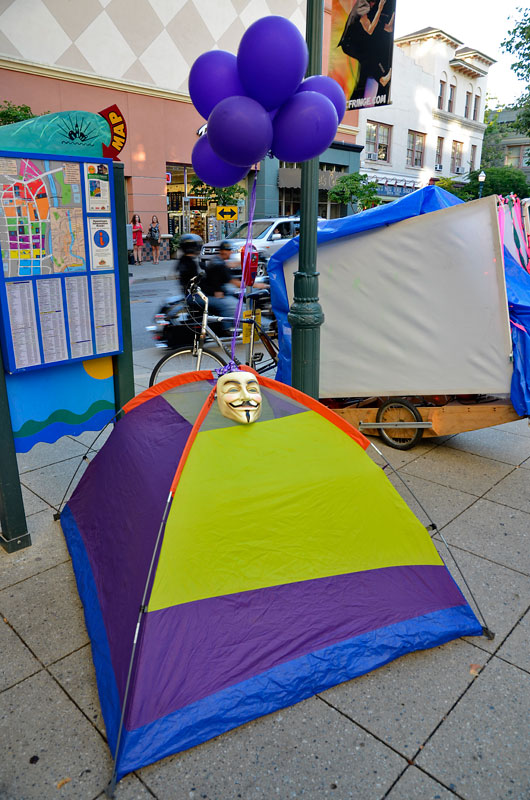 tent-mob-occupy-santa-cruz-july-6-2012-3.jpg