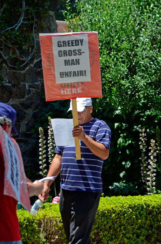sam-greedy-gross-man-grossman-la-playa-carmel-hotel-siege-july-20-2012-14.jpg
