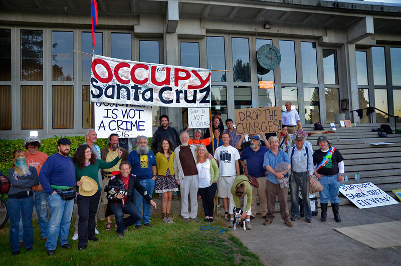 ed-frey-vigil-occupy-santa-cruz-courthouse-august-7-2012-4.jpg