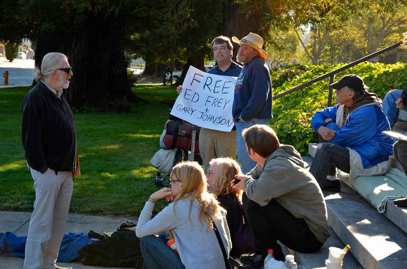 free-ed-frey-gary-johnson-vigil-santa-cruz-august-7-2012-22.jpg