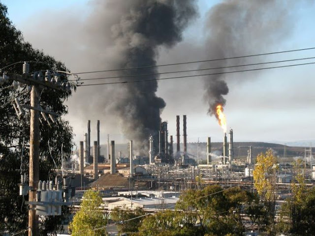 cheveron_refinery_burning.jpg