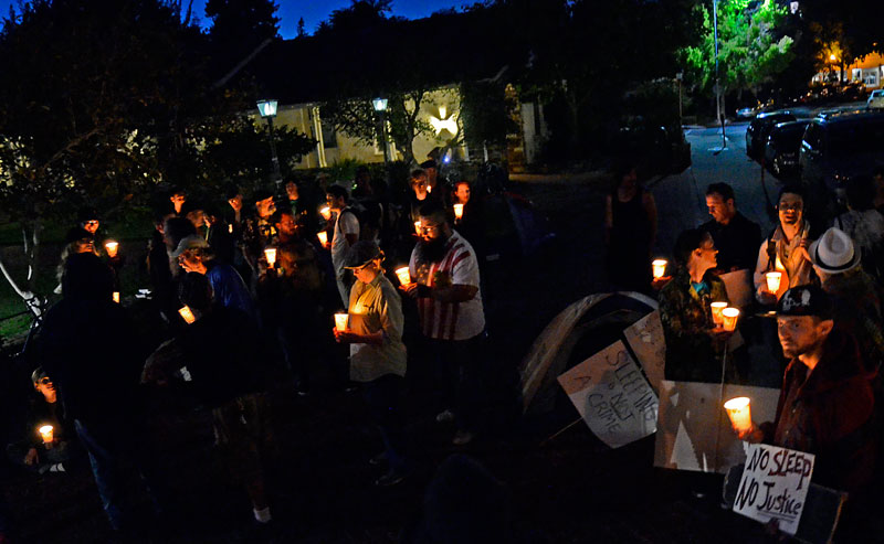 no-sleep-no-justicete-santa-cruz-city-hall-september-7-2012-1.jpg