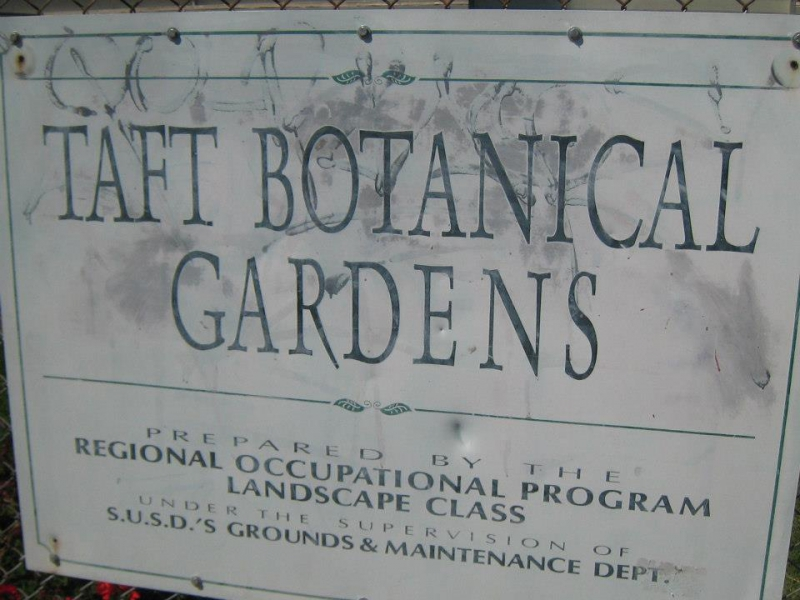 800_taft_botanical_gardens_sign_1.jpg original image ( 960x720)