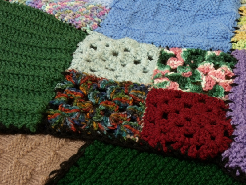 800_blankets_for_the_redbird_2010_drive_by_melba_kistner_28047.jpg